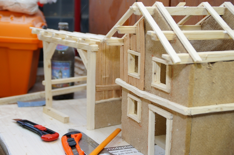 krippe selber bauen anleitung heimatliche krippe i bauanleitung zum selber bauen. Black Bedroom Furniture Sets. Home Design Ideas