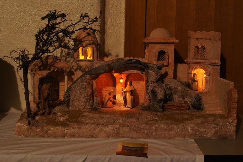 weihnachtskrippen manufaktur bauanleitung orientalische krippe basteln. Black Bedroom Furniture Sets. Home Design Ideas